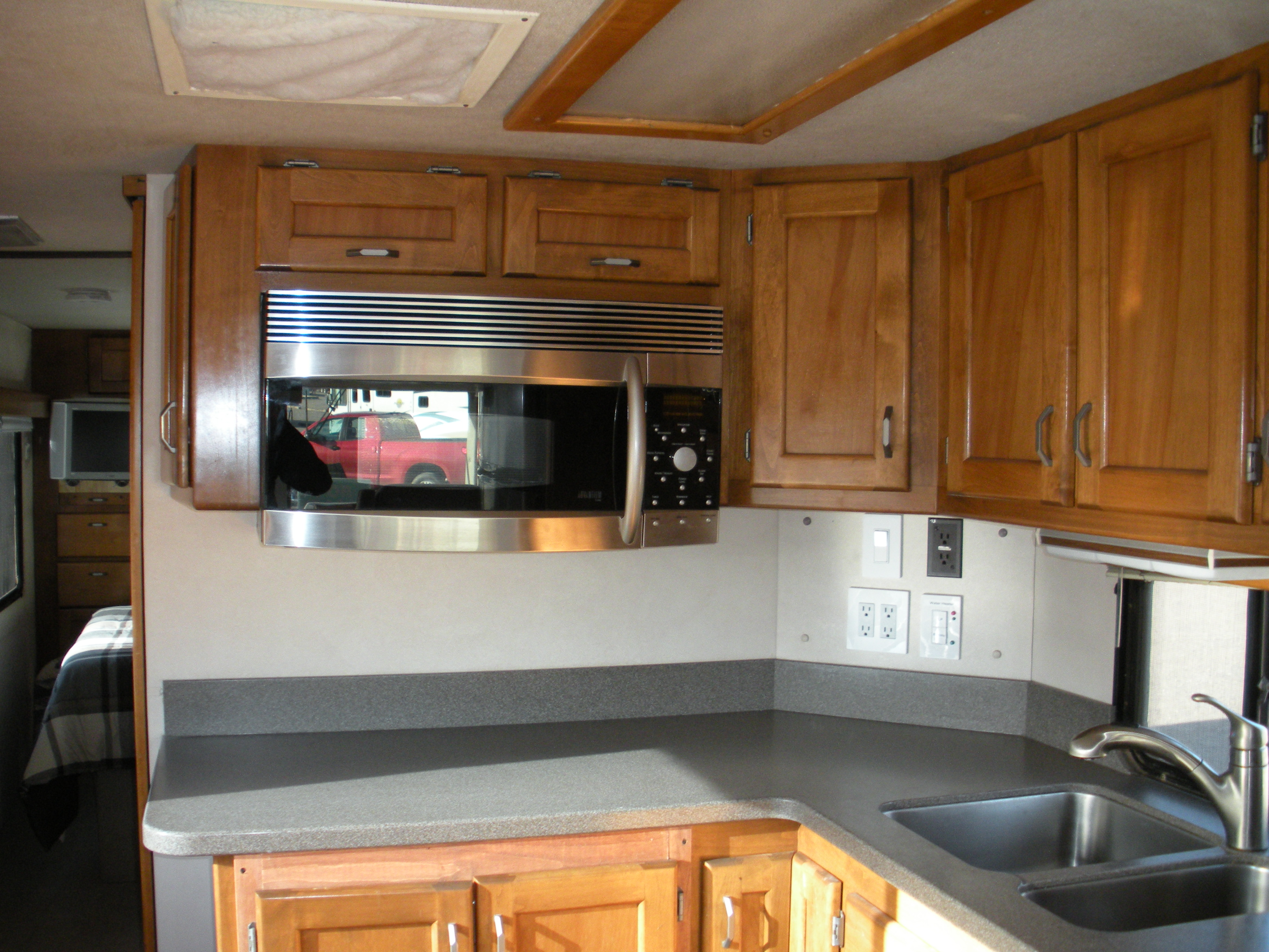 the grey ghosts new kitchen part 2 starting to build cabinets rv kitchen cabinets My old Safari s kitchen cabinets at 21 years old put together with pocket screws